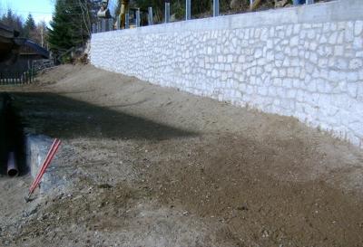 Realizzazione muro